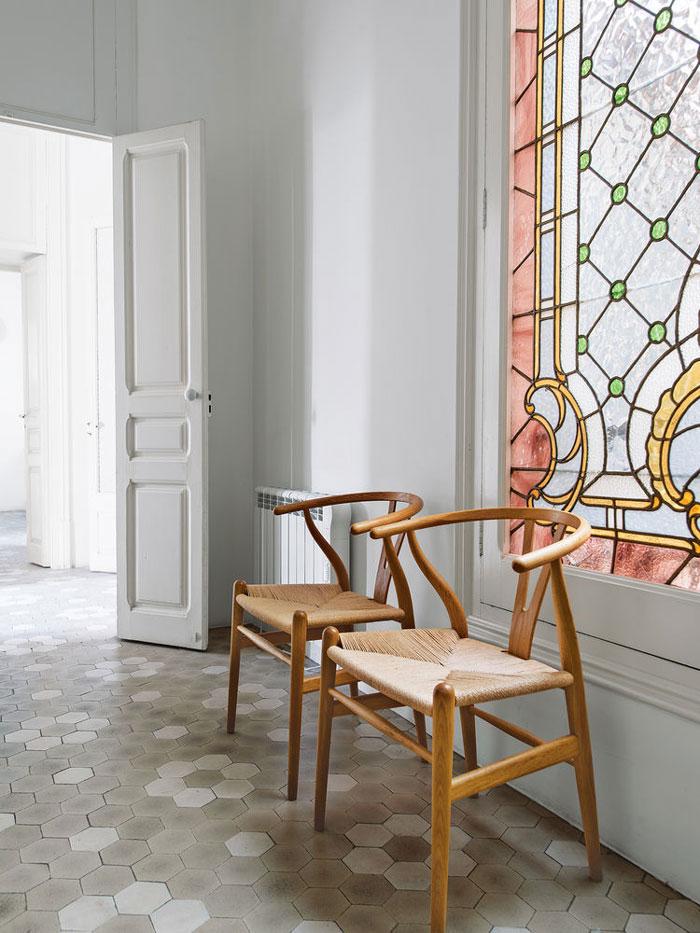 Barcelona-Apartment-with-Scandinavian-designs-03