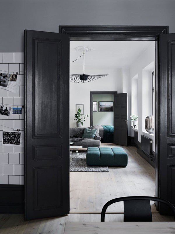 Dark-and-stylish-interior06