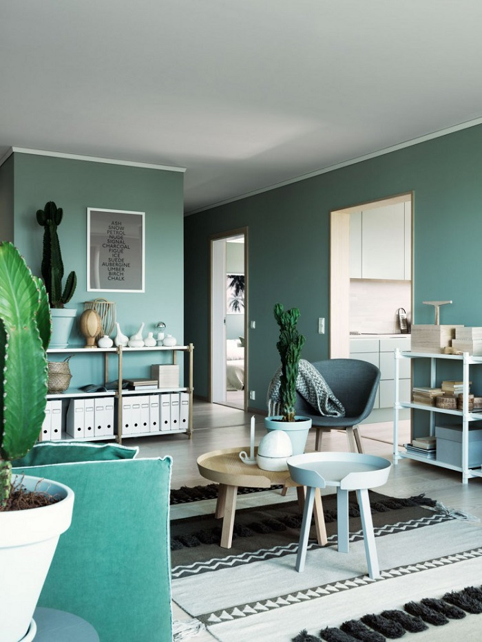 All green apartment with a fresh feel_5