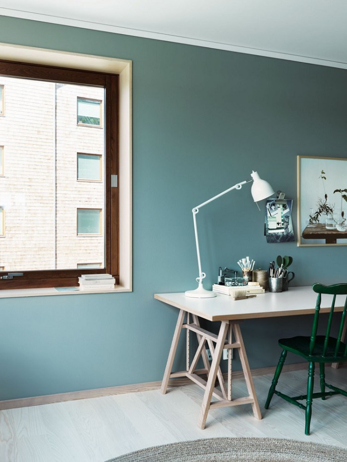 All green apartment with a fresh feel_8