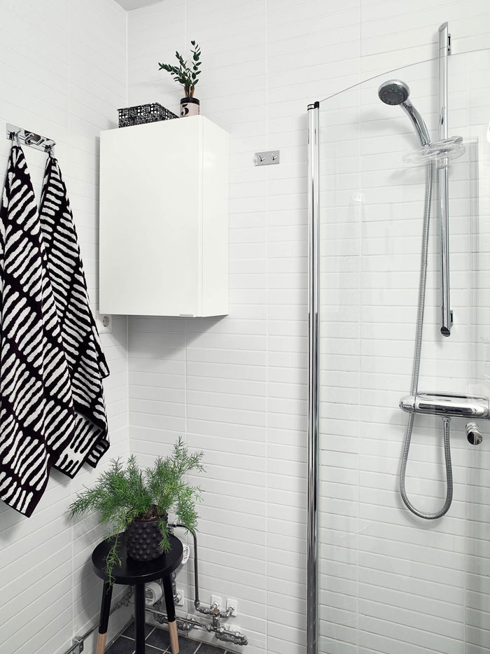 Black-and-white-interior-done-right-11
