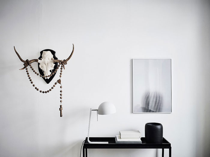 Scandi-Gothenburg-Apartment-in-a-Serene-Palette-03