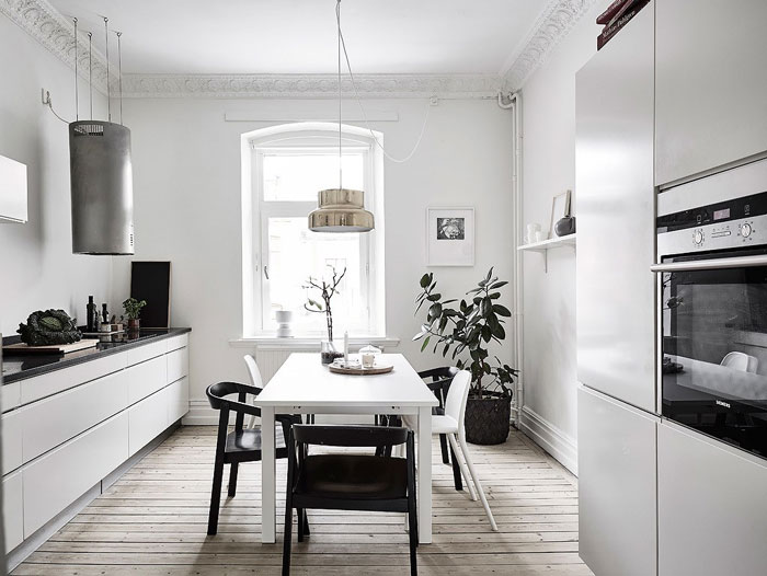 Scandi-Gothenburg-Apartment-in-a-Serene-Palette-04