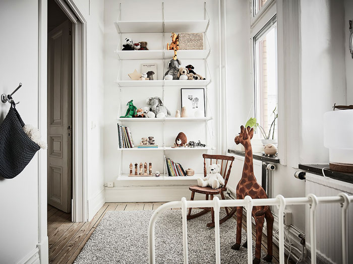 Scandi-Gothenburg-Apartment-in-a-Serene-Palette-08