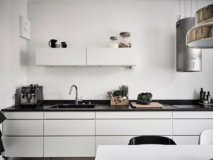 Scandi-Gothenburg-Apartment-in-a-Serene-Palette-11