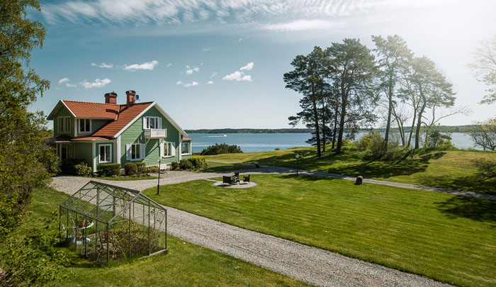 Swedish-house-for-sale
