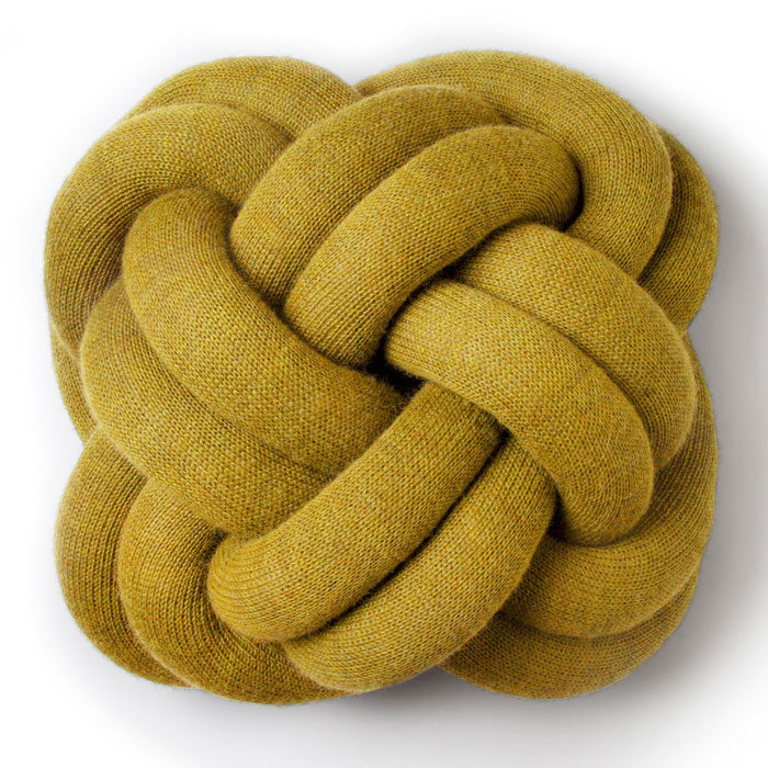 knot-pillow-cushion-ragnheidur-osp-sigurdardottir-design-house-stockholm-06