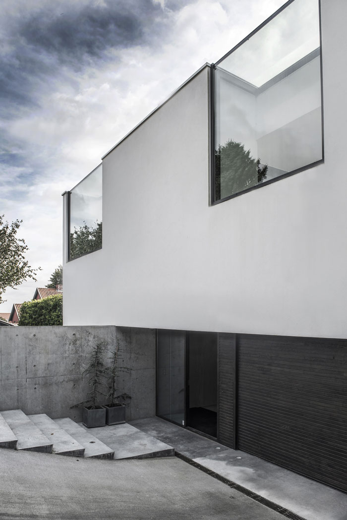 Concrete-and-timber-home-145