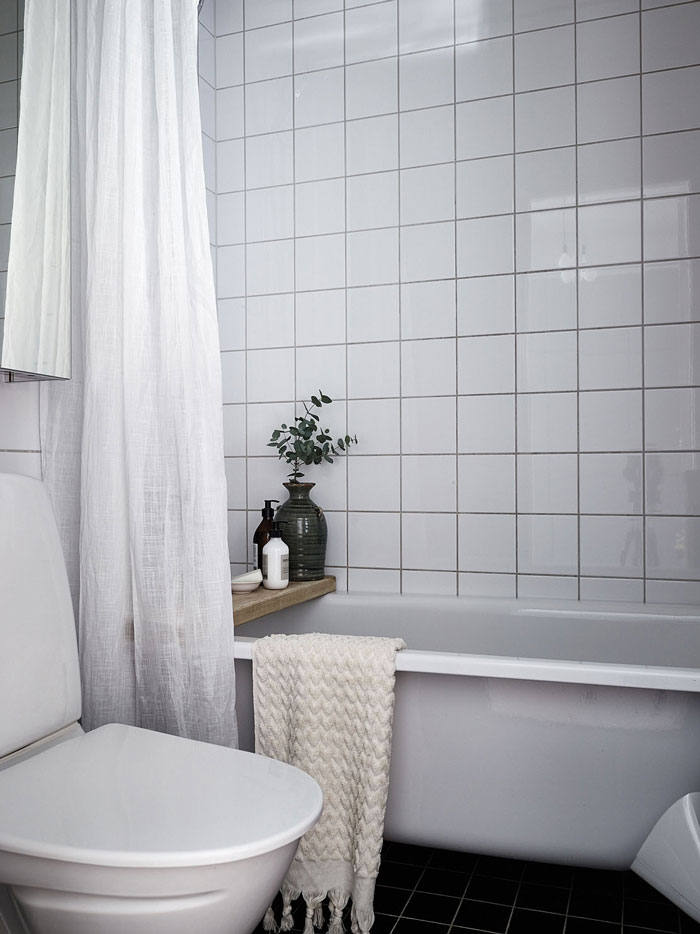 A-Perfect-32-sqm-Pied-A-Terre-in-Stockholm-11