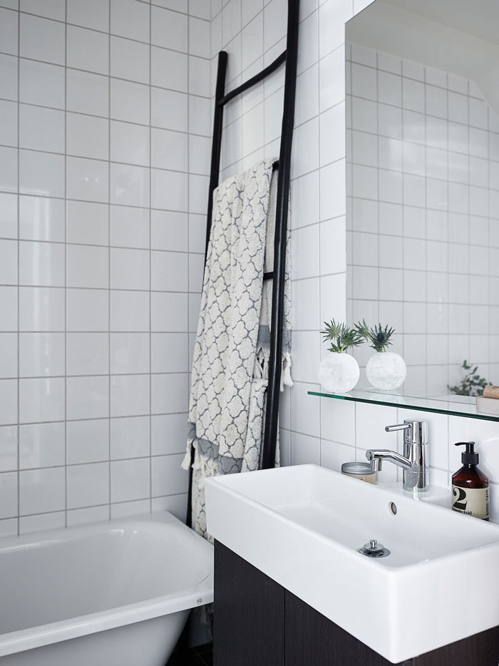 A-Perfect-32-sqm-Pied-A-Terre-in-Stockholm-12