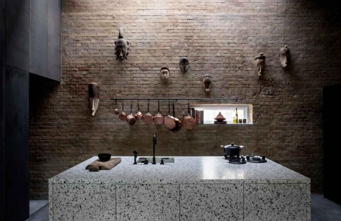 An amazing modern house with an atrium_5