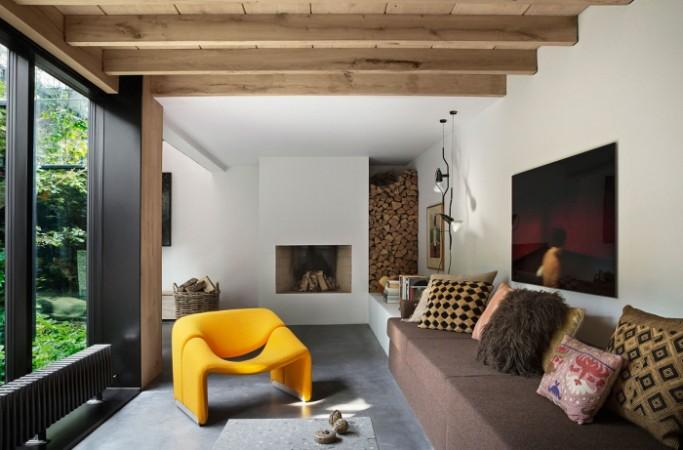 An amazing modern house with an atrium_6