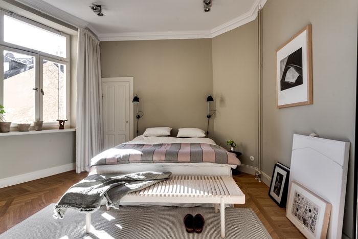 Elegant-Swedish-Apartment-Filled-with-Design-Classics-10