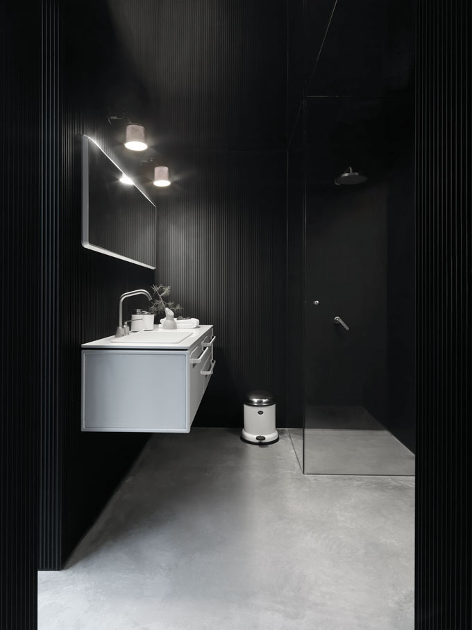 Vipp-Bathroom-Styles-NordicDesign-07