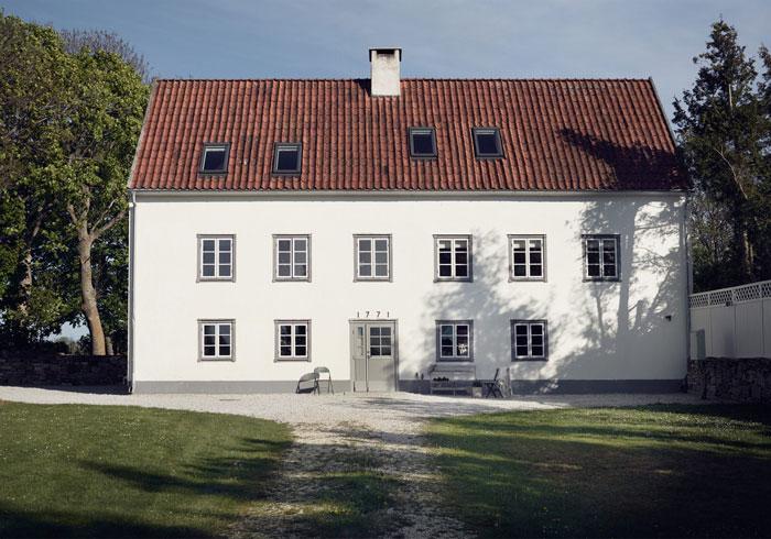 Dreamy-Summer-Getaway-in-Gotland-02