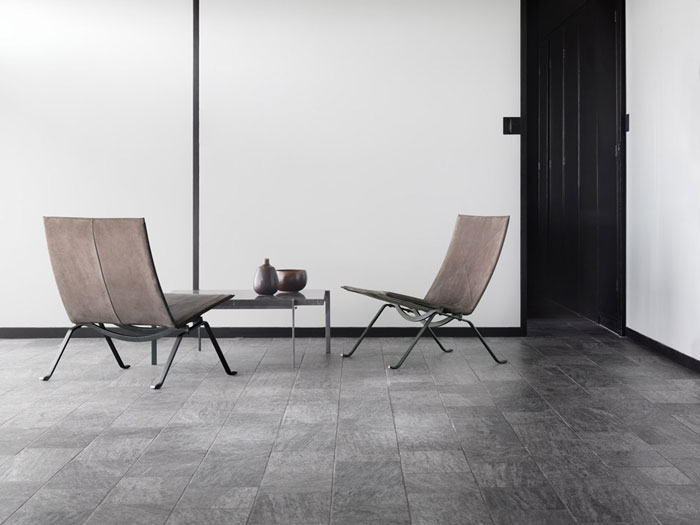 Anniversary Edition PK22 Chair And PK61 Table By  ...