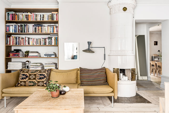 Charming-artsy-and-retro-apartment-10