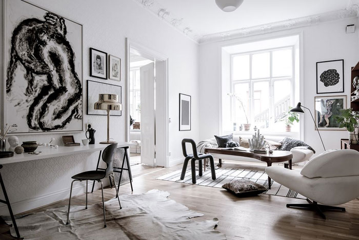 A-Beautiful-Eclectic-Home-Filled-with-Art-01