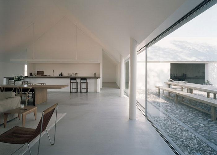 Fantastic-Minimalist-Architectural-Home-03