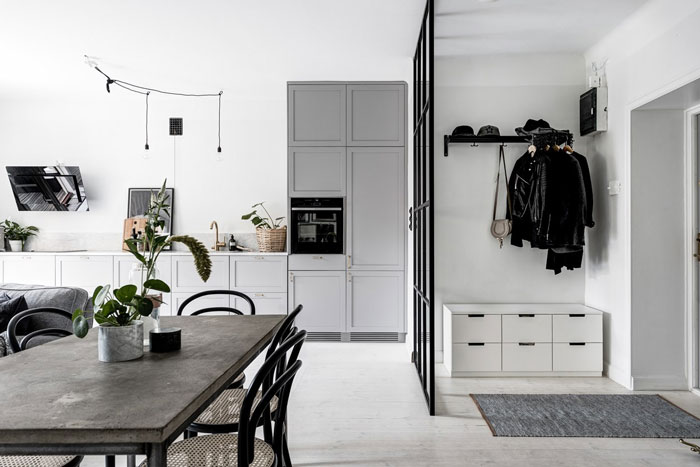 Stylish-Monochrome-Swedish-Apartment-01