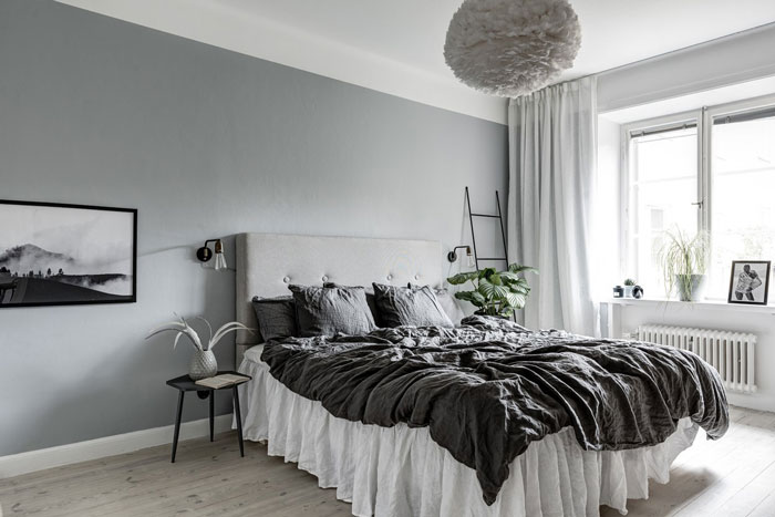Stylish-Monochrome-Swedish-Apartment-09