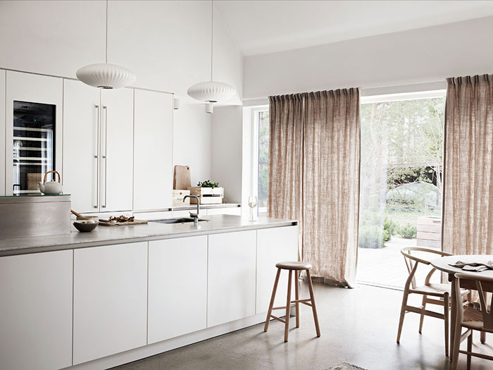Beautiful-and-Harmonious-Scandinavian-home-in-natural-shades-04
