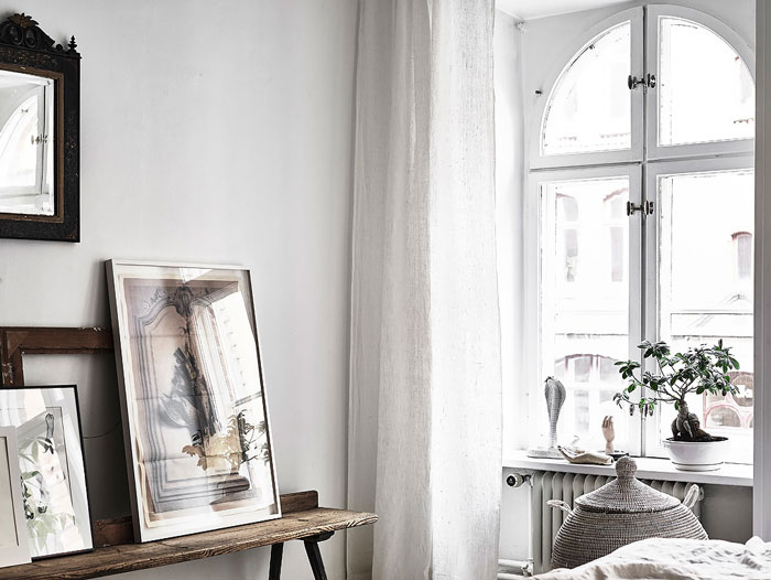 Serene-and-Bright-Gothenburg-Apartment-with-an-Ethnic-Touch-09