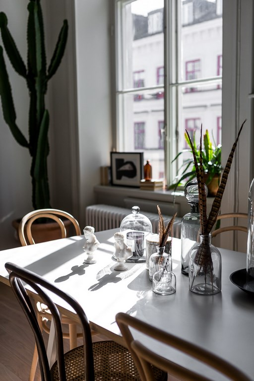 016-scandinavian-apartment-alexander-white