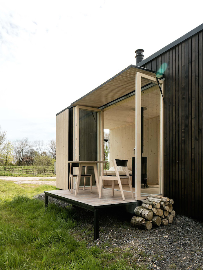 Beautiful Prefab Shelter by ARK_7