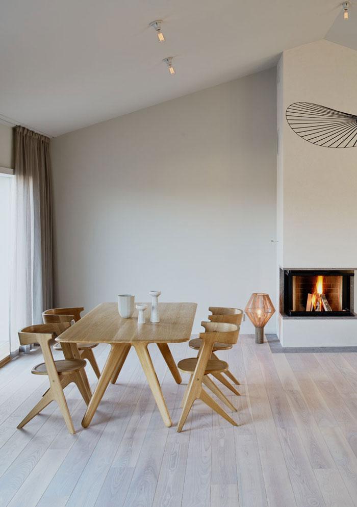 Minimalist-Residence-in-Stockholm-by-Kolman-Boye-02