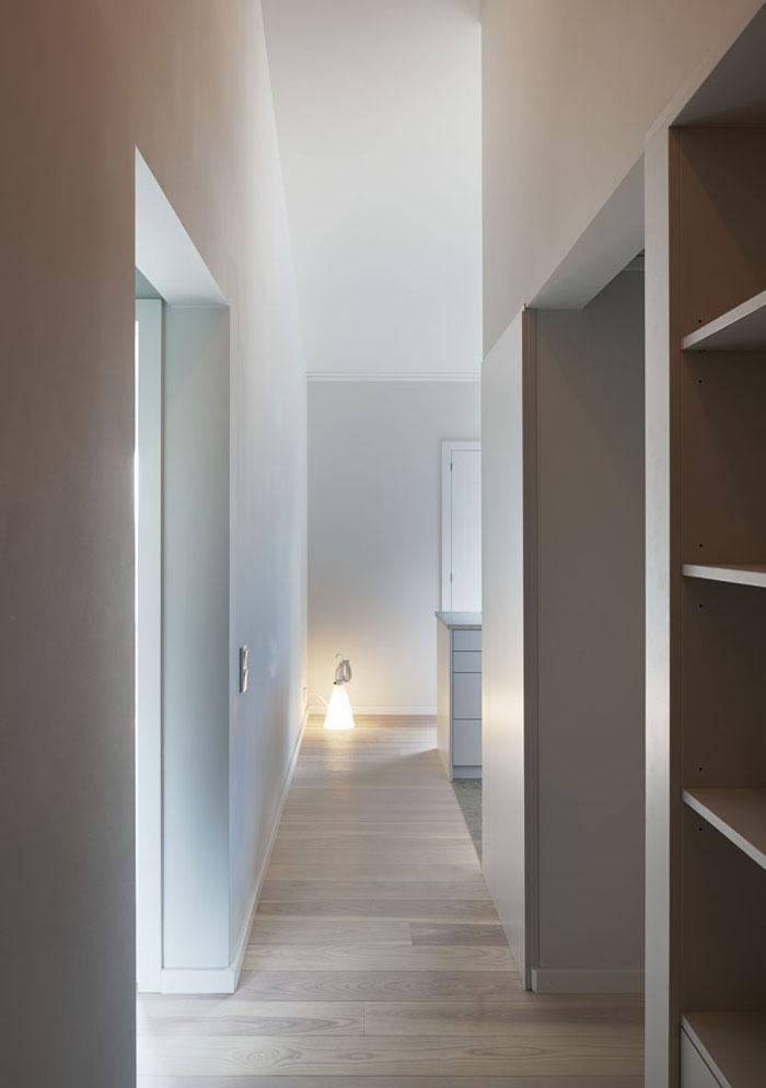Minimalist-Residence-in-Stockholm-by-Kolman-Boye-06