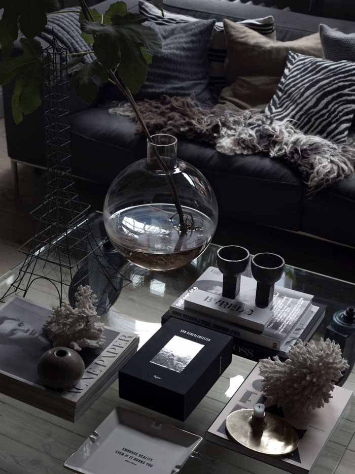 The-Dark-and-Cocoon-like-Home-of-Stylist-Lotta-Agaton-04