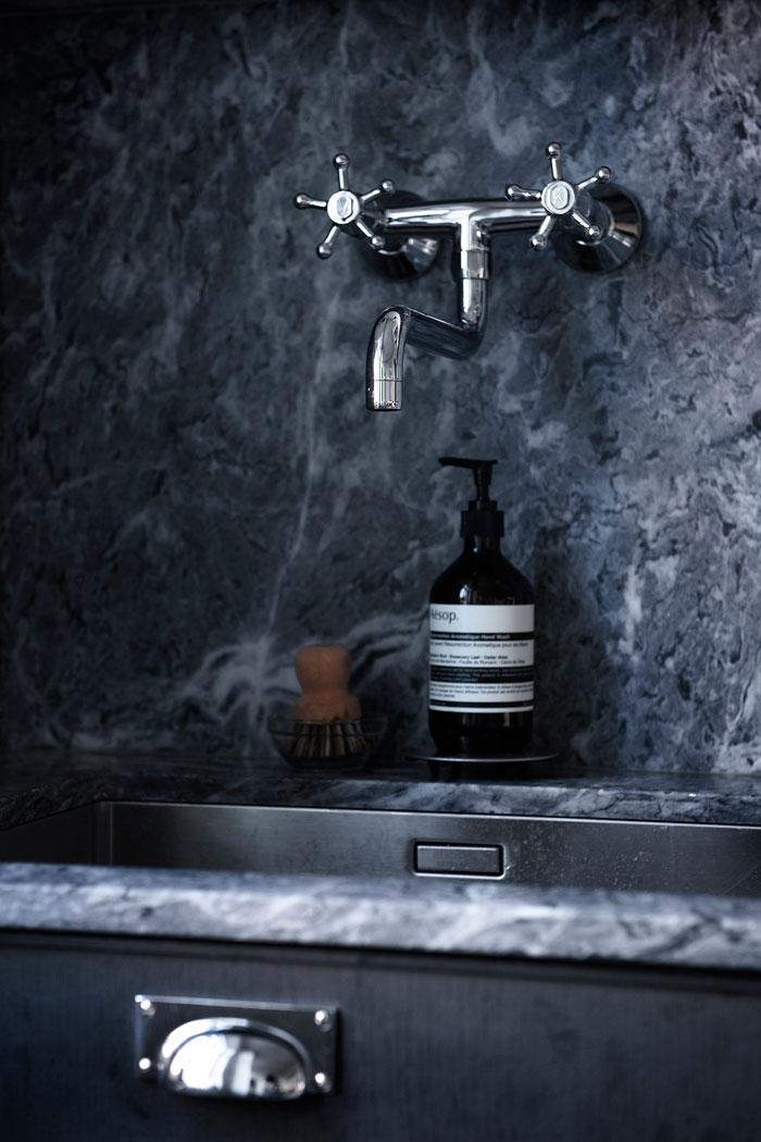 Monochrome-Kitchen-Inspiration-05