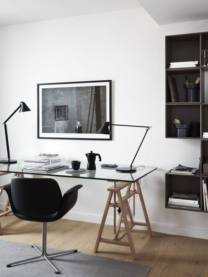 A-Stylish-Stockholm-Apartment-with-a-Fab-Inner-Court-Nordicdesign-11