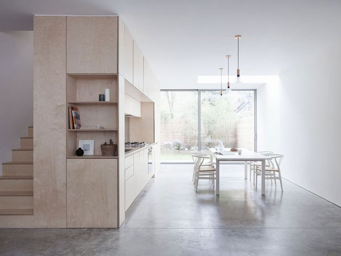 Bright-Spacious-Home-with-a-Beautiful-Plywood-Kitchen-01