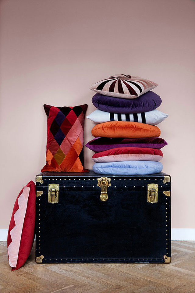 Christina-Lundsteen-cushions-10