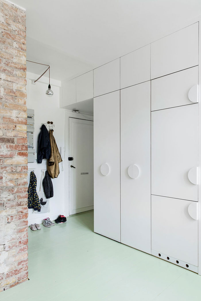 Clever-Solutions-Small-Copenhagen-Apartment-09