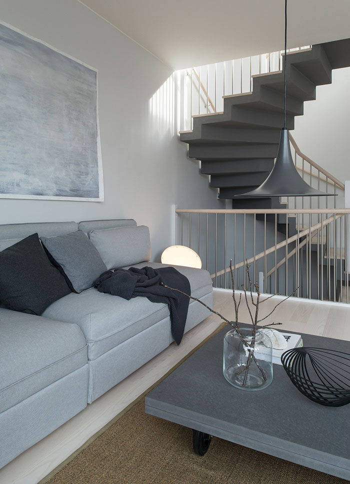 Husarviken-Townhouse-with-a-Zen-interior-04
