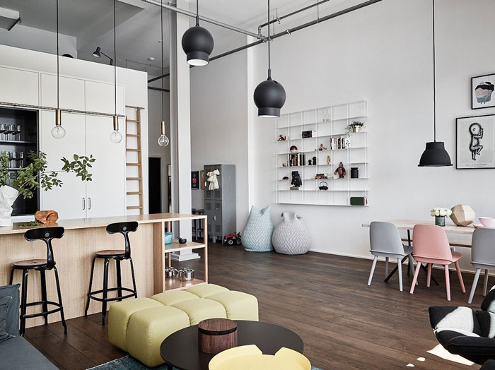 Modern-Loft-with-Pops-of-Colors-01
