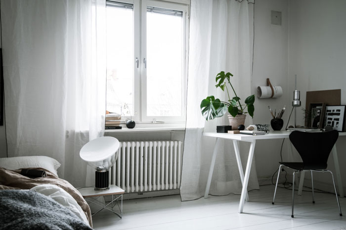 Beautiful Monochrome Studio Apartment In Sweden Nordicdesign - Sleek-and-beautiful-apartment-in-sweden