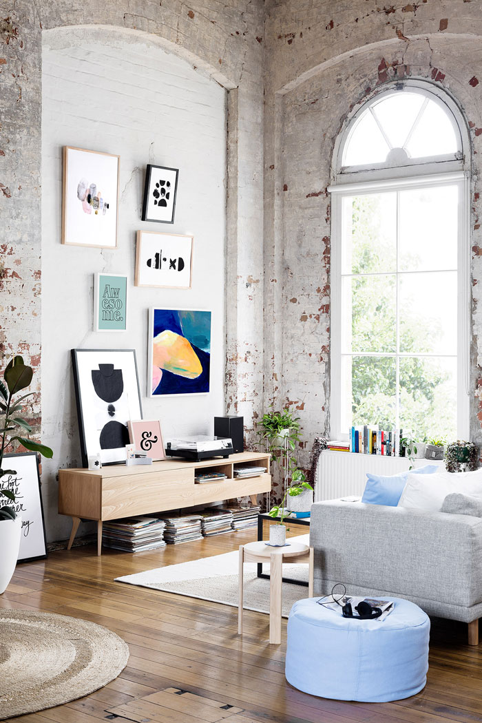 Inspiring-Warehouse-Apartment-Hunting-for-George-09
