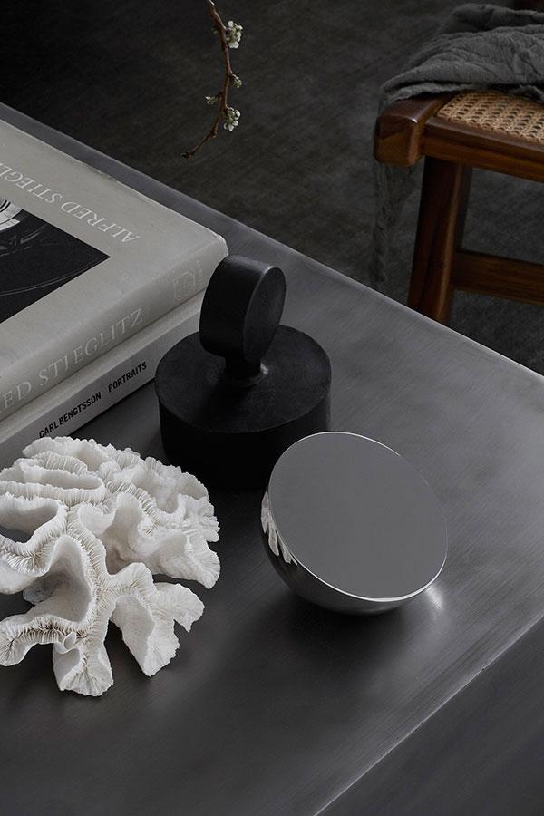 Warm-Greys-and-Brown-Tones-Nordic-Design-04