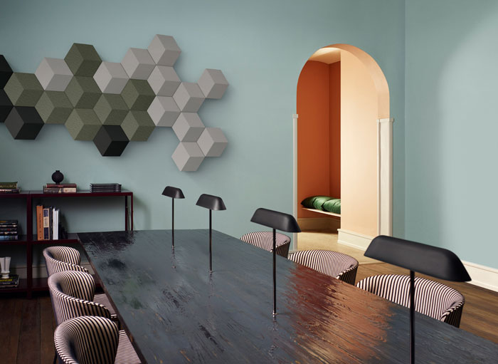 wireless-wall-mounted-sound-system-Band&Olufsen-01