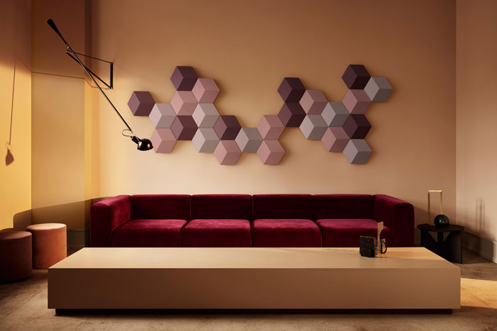 wireless-wall-mounted-sound-system-Band&Olufsen-03