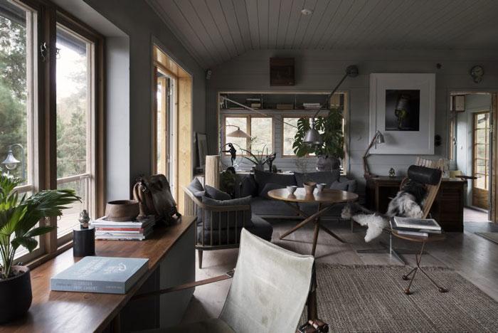 Swedish-Summerhouse-Infused-with-Nostalgia-04