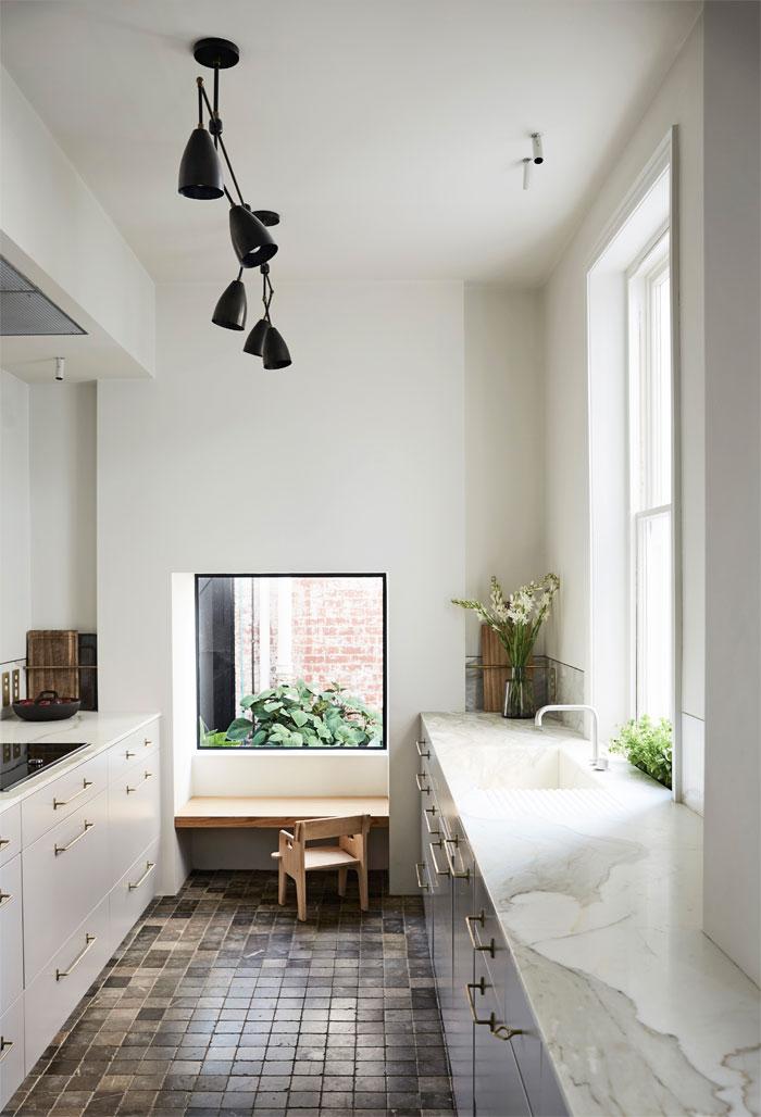 Modernized-Historic-Home-Australia-01
