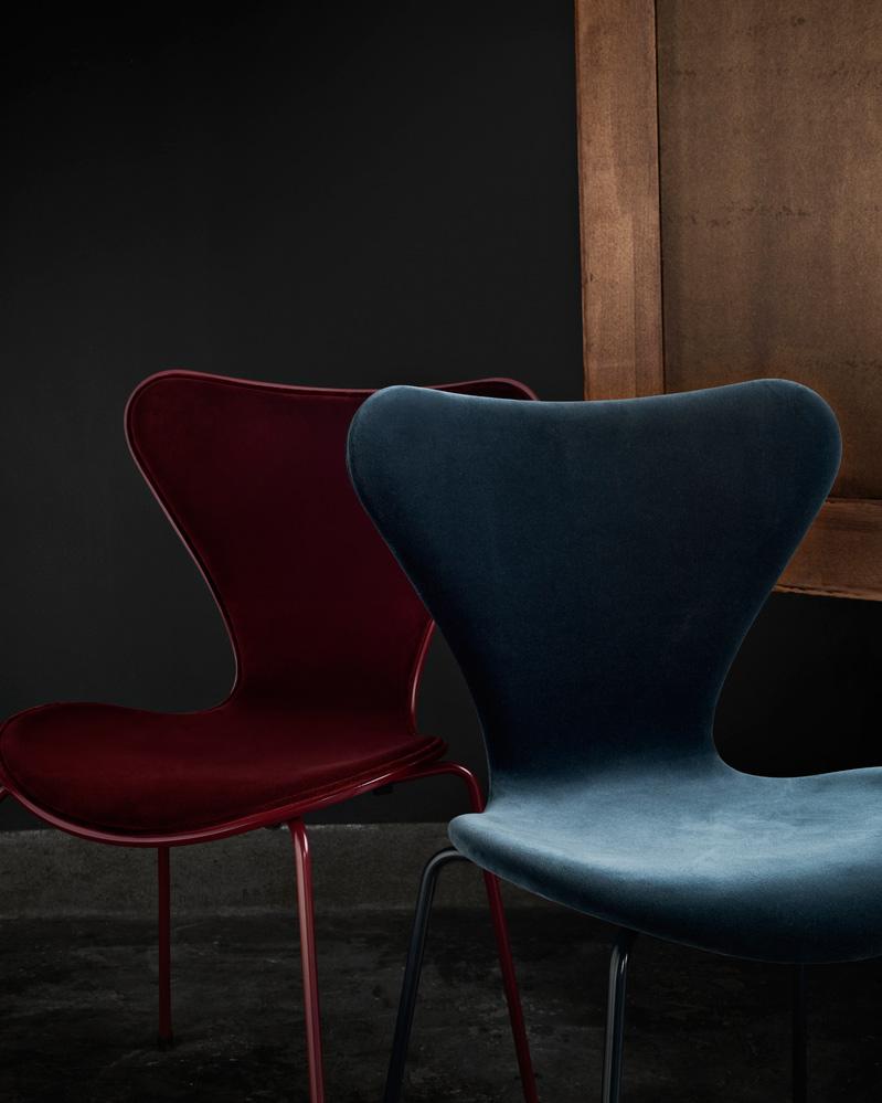 Republic Of Fritz Hansen Reveals Velvet Upholstered Series 7 Chair