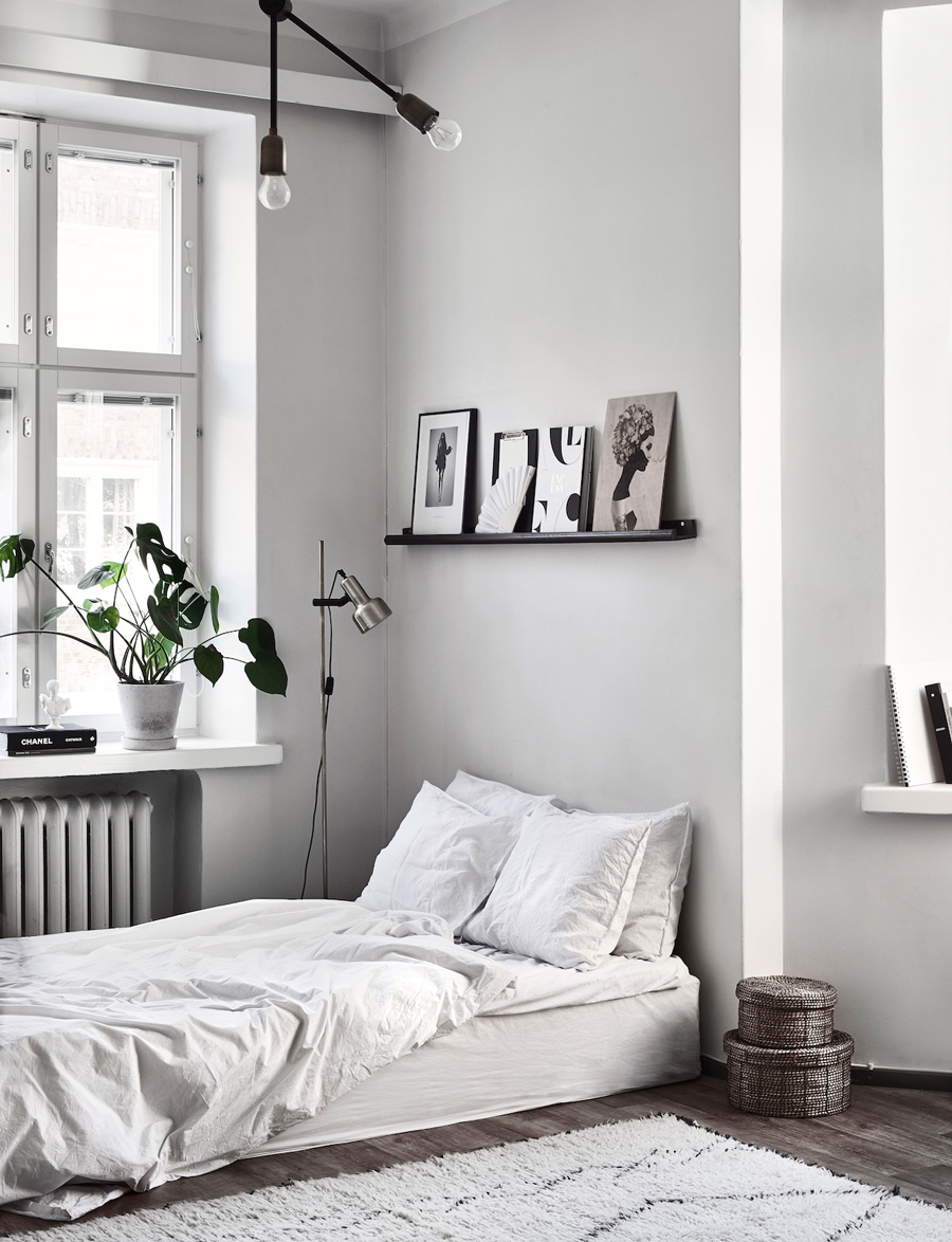 The Monochrome Home of Finnish Interior Designer Laura Seppänen ...