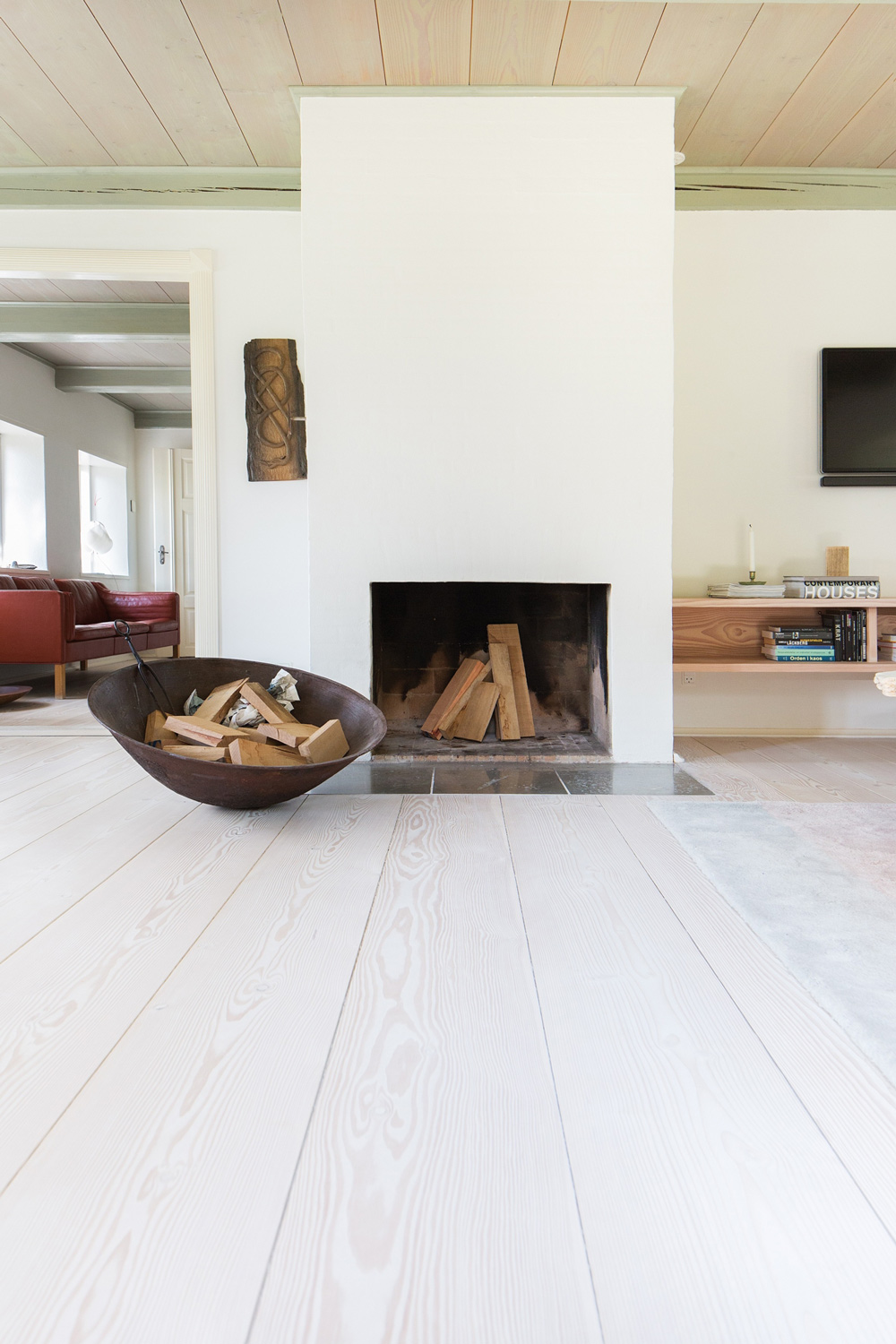 Tour A Historic Danish Farmhouse Owned By Dinesen