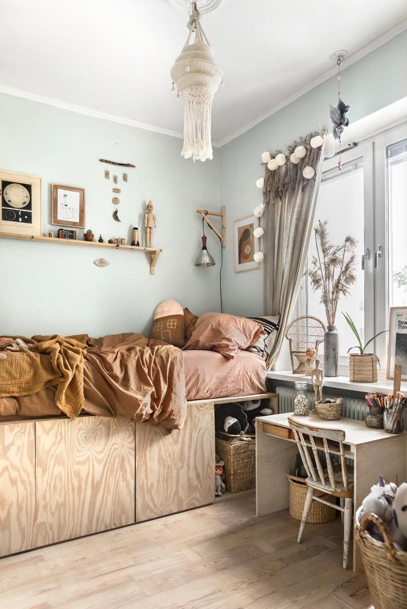 Palette Furniture Interior